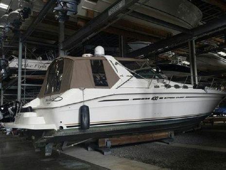 1996 Sea Ray Express Cruiser 400
