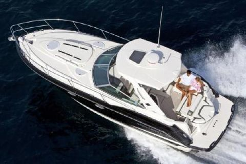 2018 Monterey 335 Sport Yacht Manufacturer Provided Image