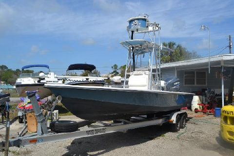 2005 Pathfinder 2400 Pathfinder Port Bow