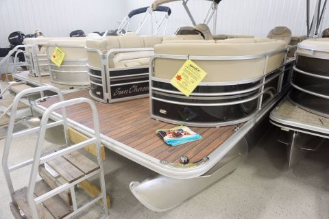 2016 Sunchaser Classic Cruise 8524 Lounger DH