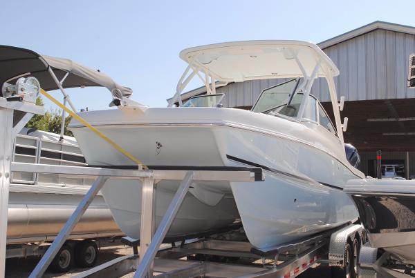 2018 World Cat 230 Dual Console Catamaran 2018-world-cat-230-dual-console-power-catamaran-for-sale