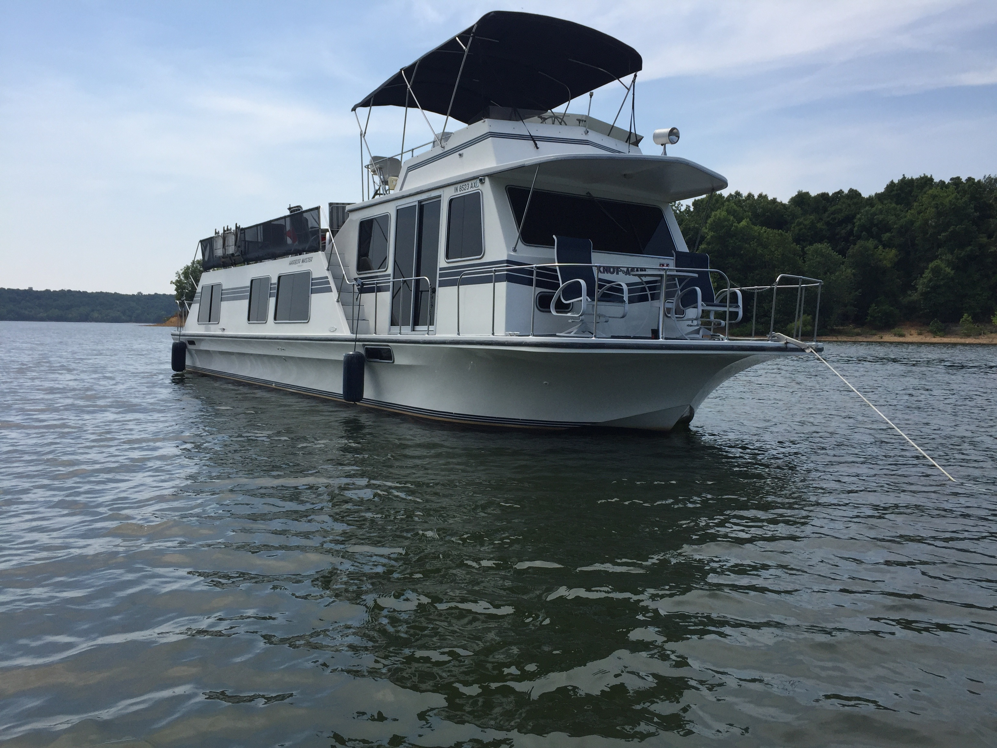 Check out this 1994 HARBOR MASTER Harbor-Master 520WB on Boattrader com
