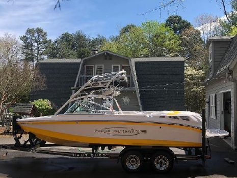 2007 CORRECT CRAFT Super Air Nautique 210 LE