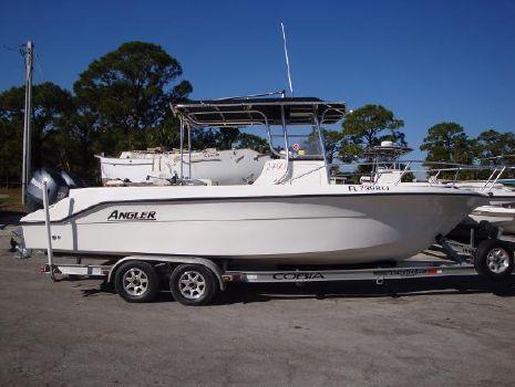 2000 Angler Boats 2400 CC