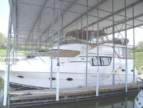 1999 Silverton 453 Pilothouse Motor Yacht ext