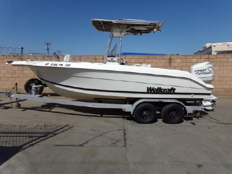 2000 WELLCRAFT 210 Fisherman