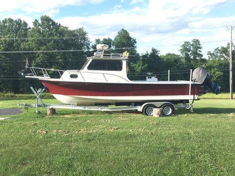 2005 C-hawk Boats 25 Sport Cabin