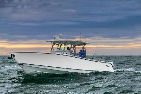 2019 Mako 414 CC Manufacturer Provided Image