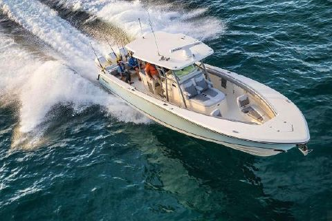 2019 Mako 414 CC Family Edition Manufacturer Provided Image