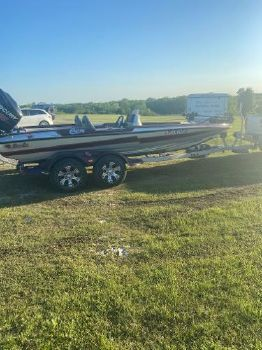 2017 BASS CAT BOATS Cougar Advantage