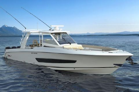 2017 Boston Whaler 420 Outrage Manufacturer Provided Image: Manufacturer Provided Image