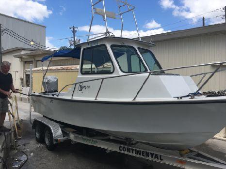 1988 C-hawk Boats 222 Sport Cabin