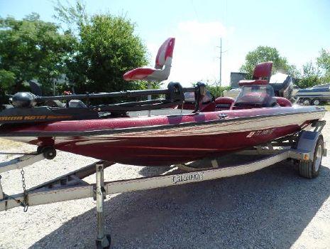 1995 Champion Boats 181 DC   20HJ