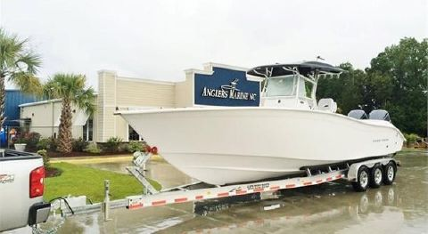 2017 Cape Horn 32 T