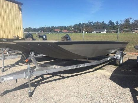 2016 Xpress Boats HD20DDP