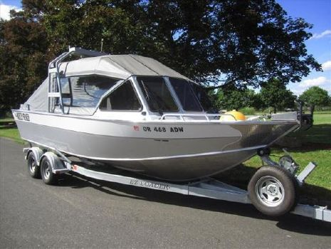 2009 North River Sea Hawk 24
