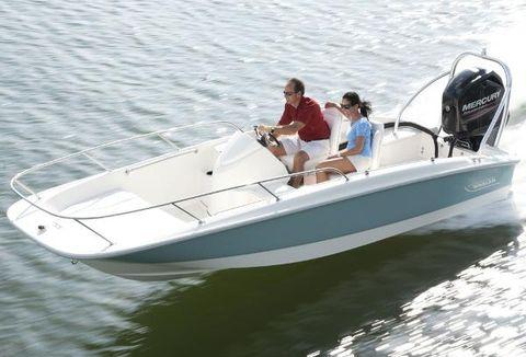 2017 Boston Whaler 170 Super Sport Manufacturer Provided Image
