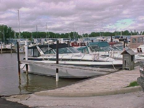 1988 Chris Craft 370 Amerosport