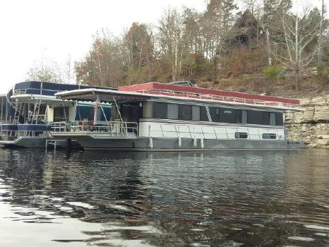 1990 Leisure Time 60 Ft HOUSEBOAT