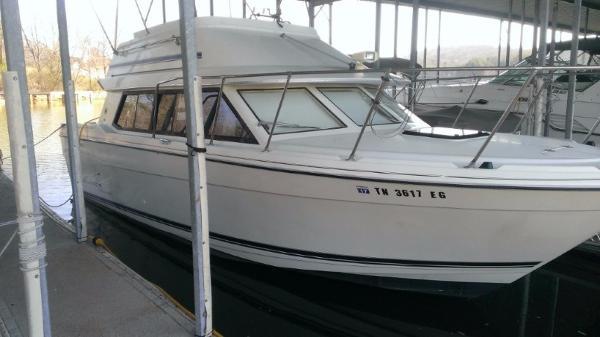 1995 Bayliner 2858 Classic Cruiser