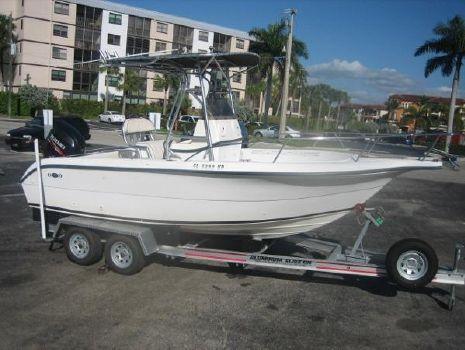 2000 Legacy Boat 210