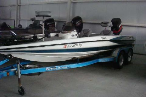 2003 Triton Tr 20