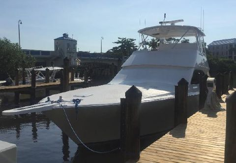 2005 VIKING 48 Convertible