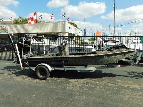 2009 Gator Trax bay flat