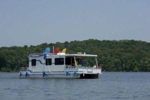 2000 Destination Yacht