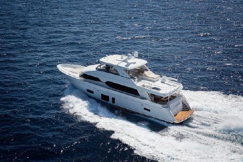 2018 Ocean Alexander Motor yacht skylounge