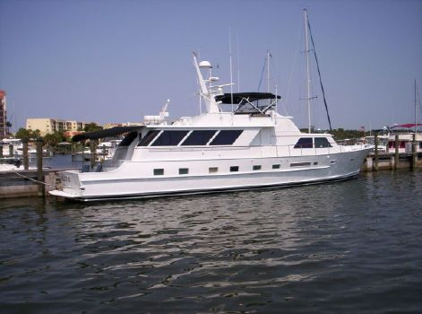 1980 Broward Raised Pilothouse Photo 1