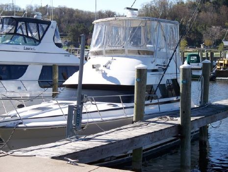 1989 Luhrs 400 Convertible Photo 1