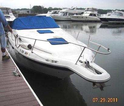 1994 Sea Ray 270 Sundancer starboard bow