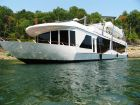 2008 THOROUGHBRED Houseboat