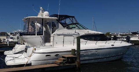 2000 Cruisers Yachts 4450 Express Motoryacht Cruisers 4450 Express Motor Yacht - 'Irie'