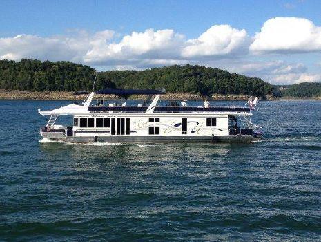 2000 Fantasy Houseboat 82
