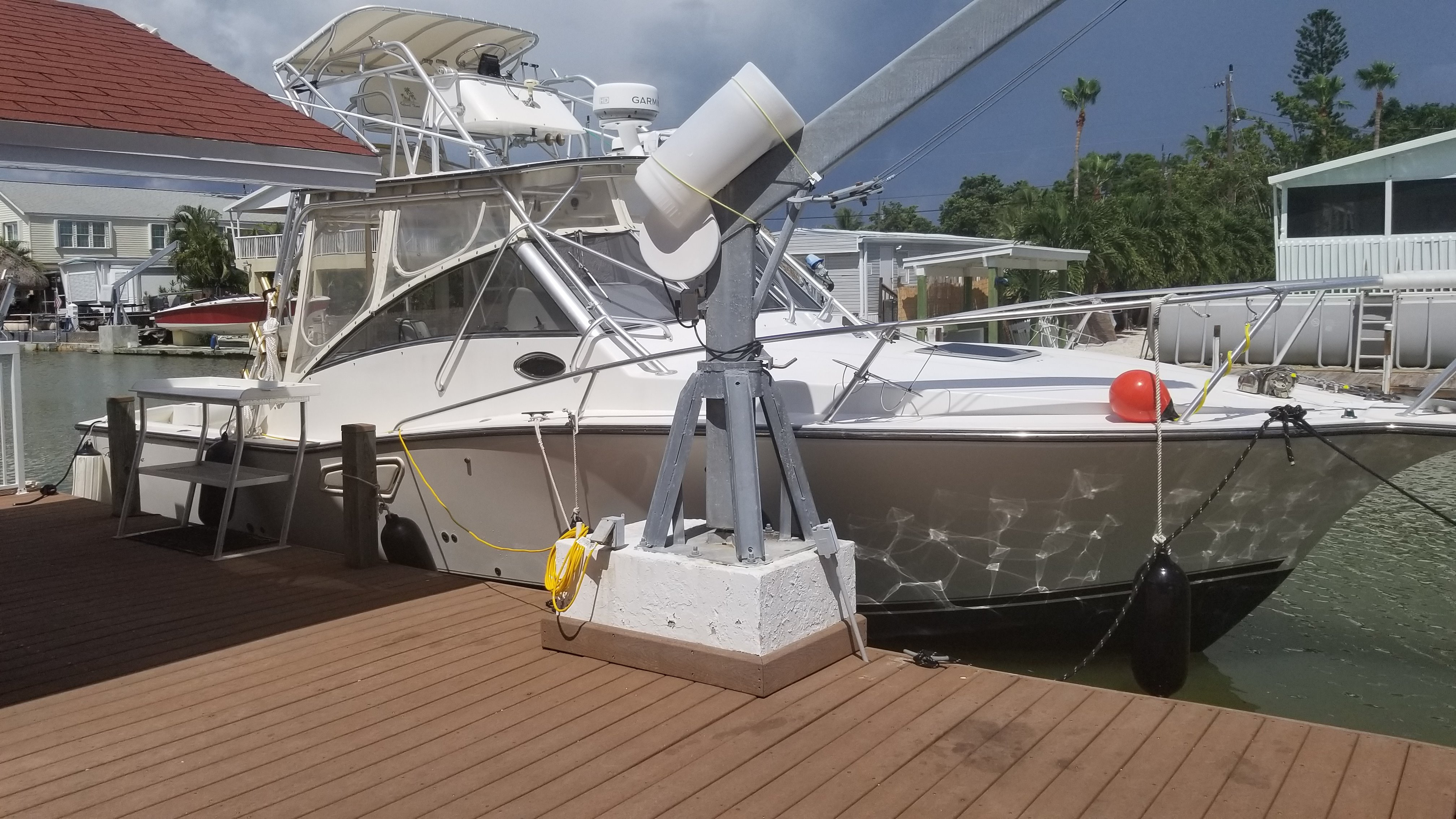 Check out this 2001 ALBEMARLE 320 Express Fisherman on Boattrader com
