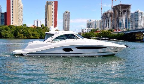 2013 Sea Ray 580 Sundancer Starboard View