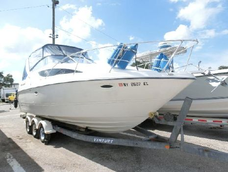 2003 Bayliner 285 Cruiser Bayliner Starboard Bow