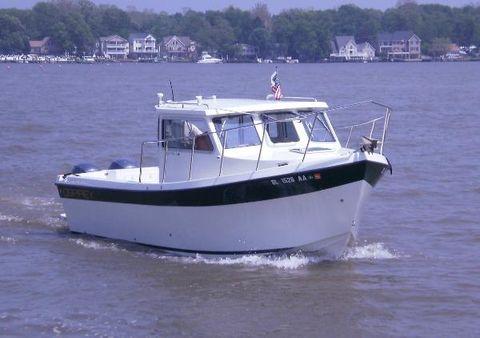 2006 Osprey Pilothouse 24 Fisherman