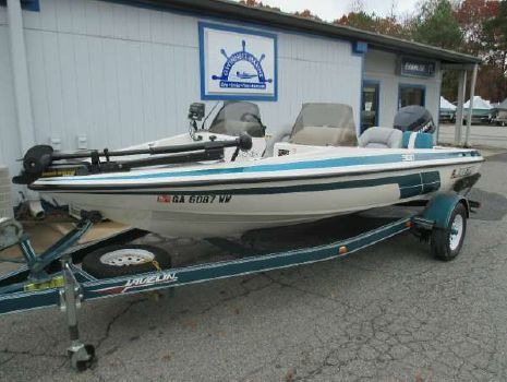 1994 Javelin Boats 360 FS