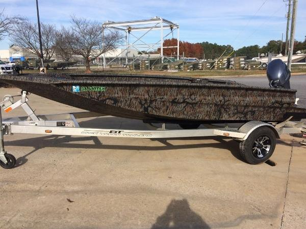 Duck Boats For Sale >> New 2017 Xpress Boats Xpress Hyper Lift Duck Boat Series H16db