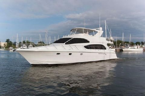 2002 Hatteras 63 Raised Pilothouse Motor Yacht