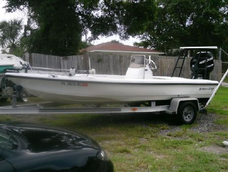 2003 ACTION CRAFT 1820