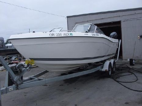 1998 Seaswirl 2100 Striper D/C