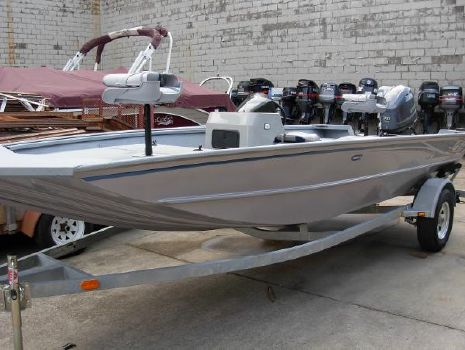 2016 G3 Boats 18 SC Deluxe