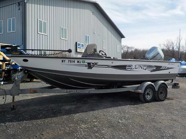 Used    1996    STARCRAFT Fishmaster    170     Webster  Ma  01570  BoatTrader
