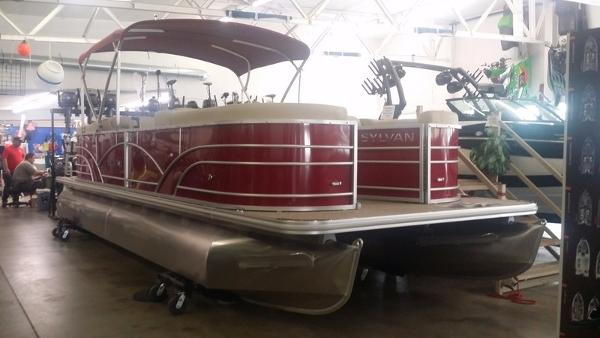 2018 Sylvan 8524 Mirage Cruise RPT