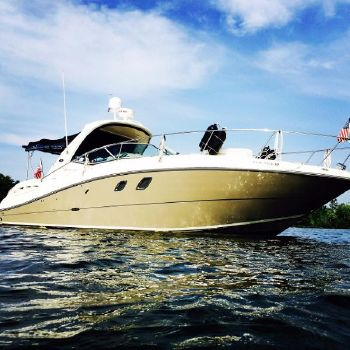 2008 Sea Ray 330/350 Sundancer