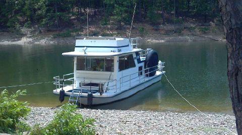 1986 Gibson Houseboat 36 ft.